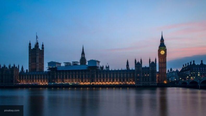 Общество: Имя Корона стало поводом для насмешек над его обладательницей в Британии