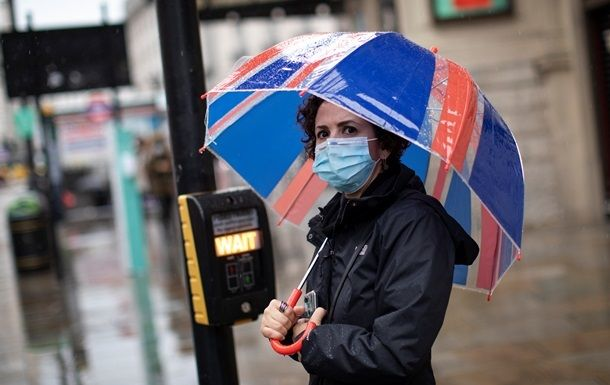 Общество: В Британии впервые с мая более 500 смертей от коронавируса