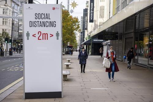 Общество: Количество жертв коронавируса в Великобритании превысило 50 тысяч человек