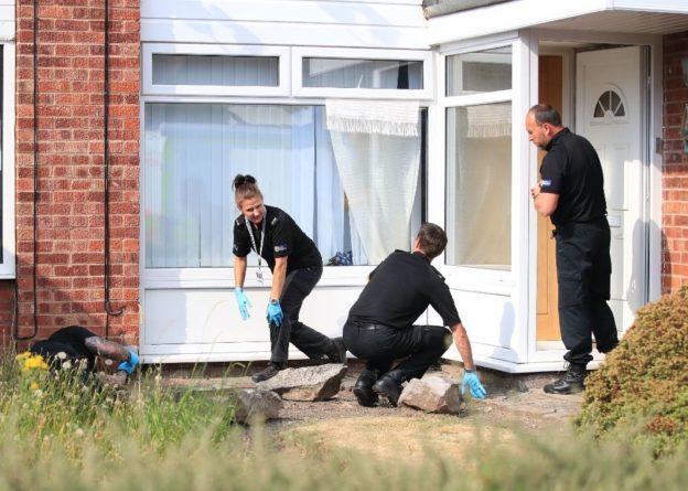 Общество: В Британии медсестре предъявили обвинения в убийстве восьми младенцев
