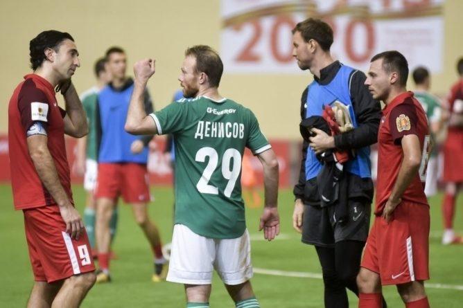 Общество: С подачи Синяка: ФК «Енисей» проиграл сибирское дерби
