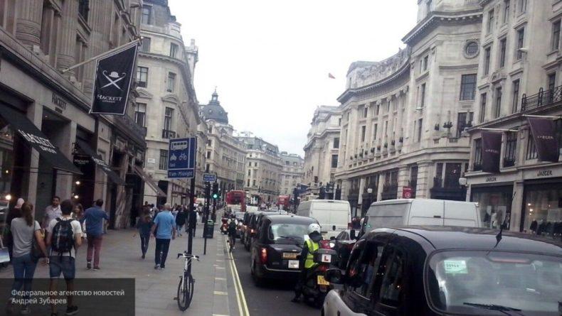 Общество: Бензиновые автомобили исчезнут из продажи в Британии через десять лет