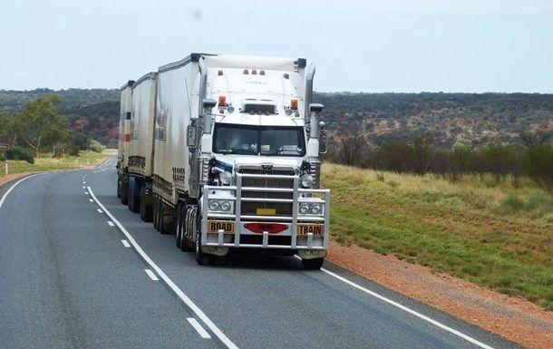 Общество: В Британии неизвестные ограбили грузовик с товарами Apple на £5 млн