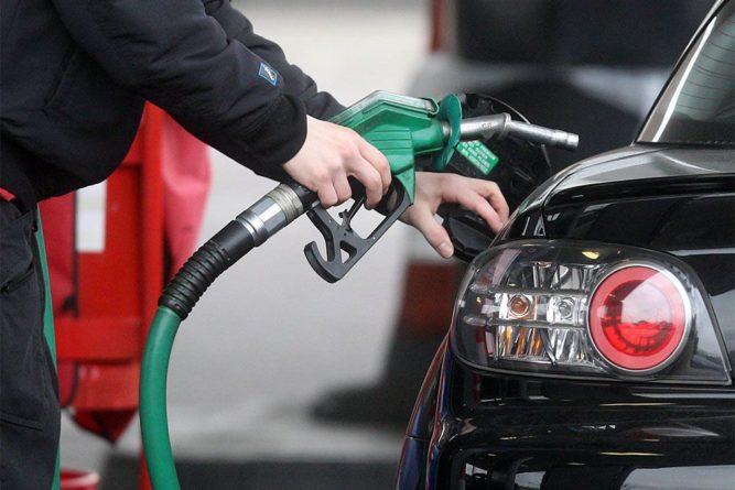 Общество: Великобритания запретит продажу машин с двигателями внутреннего сгорания с 2030 года