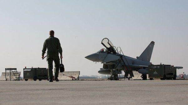 Общество: Анкара и Лондон сближаются на встречных курсах: первый совместный полёт ВВС