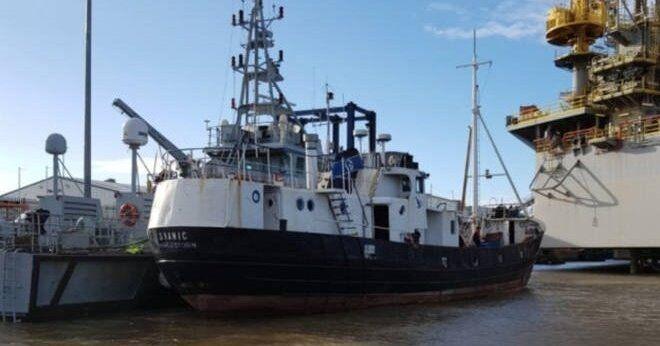 Общество: У берегов Британии перехвачено судно с 69 нелегалами: задержан гражданин Латвии и украинцы