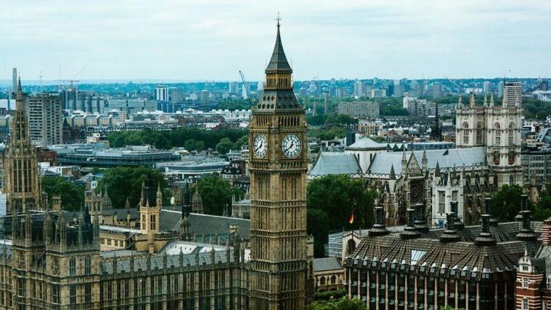 Общество: Британия резко увеличит оборонные расходы в первые за 30 лет