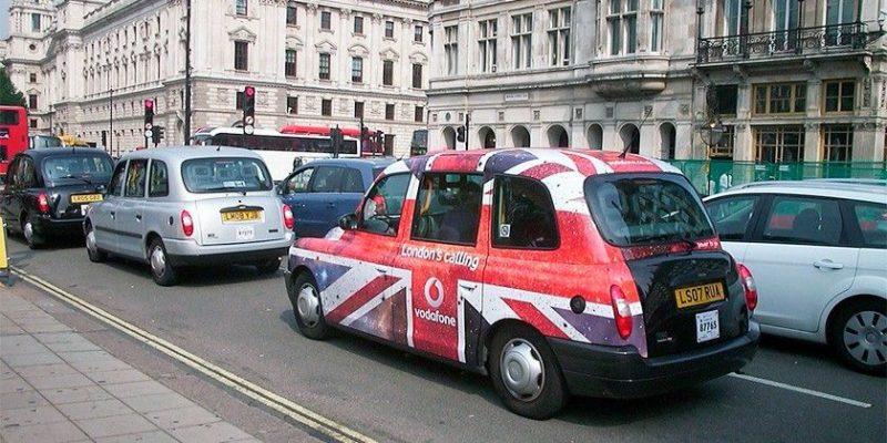 Общество: Великобритания запретит продажу новых бензиновых машин к 2030 году