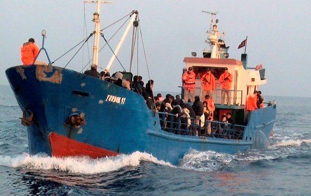 Общество: Возле берегов Британии выявили судно с нелегалами