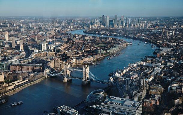 Общество: Киев и Лондон обсудили упрощение визового режима между странами