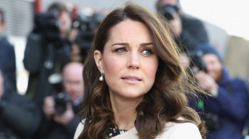 Общество: Кейт Миддлтон решила изменить правила поведения королевы Великобритании