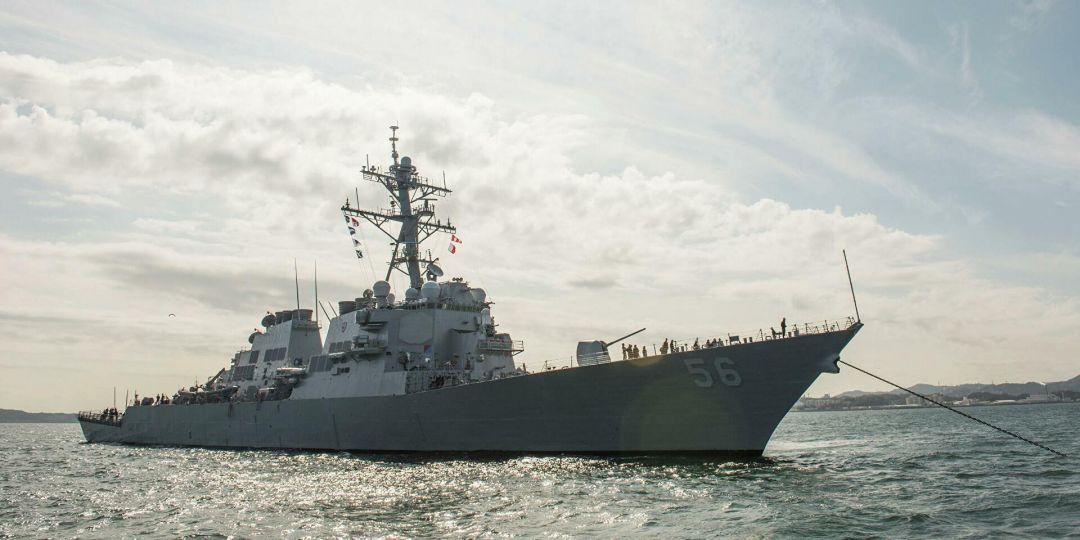 В Британии завили об угрозе Третье мировой из-за американских кораблей у границ России