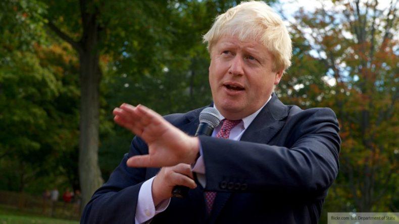 Общество: Премьер Великобритании отказался от вакцинации в приоритетном порядке