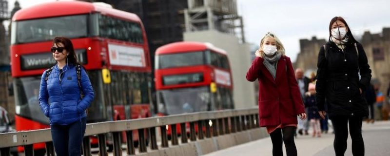 Общество: Замглавврача Англии заявил, что коронавирус не удастся искоренить никогда
