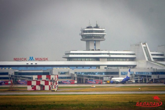 Общество: Беларусь пока сохраняет авиасообщение с Великобританией