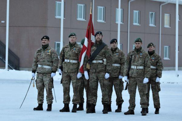 Общество: Датских солдат в Эстонии заменили англичане
