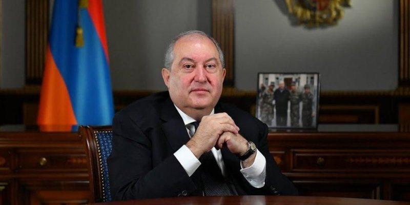 Общество: Новый штамм Covid-19: президента Армении госпитализировали в Лондоне с двухсторонней пневмонией