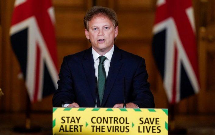 Общество: Британия запретила въезд из Португалии и еще ряда стран