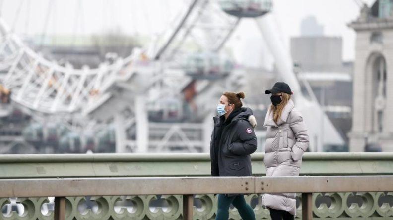 Общество: В Великобритании введут новые штрафы для нарушителей карантина