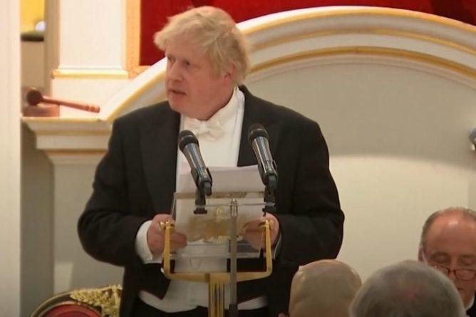 Общество: Борис Джонсон заявил о повышенной летальности британского штамма коронавируса