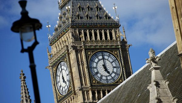 Общество: В Британии заявили о вероятности высокой смертности от нового COVID-19