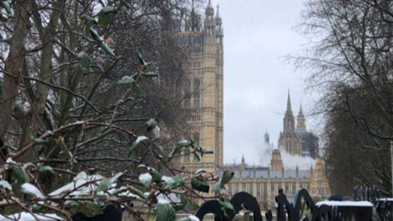 Общество: Пожар произошел в здании Вестминстерского дворца в Лондоне — видео