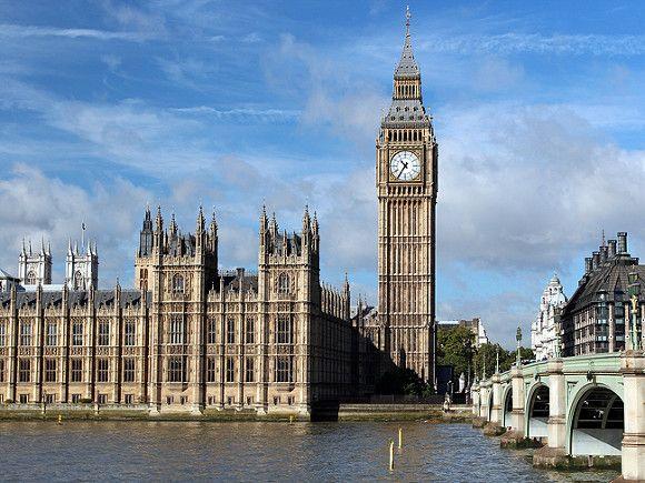 Общество: «Дым над водой»: в зданиях парламента Великобритании возник пожар (видео)
