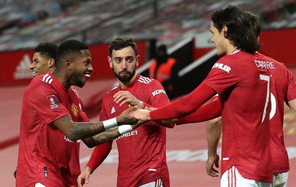 Общество: Манчестер Юнайтед в напряженном дерби обыграл Ливерпуль
