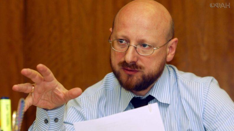 Общество: Колеров призвал наказать Лондон и Париж за нападки на СССР
