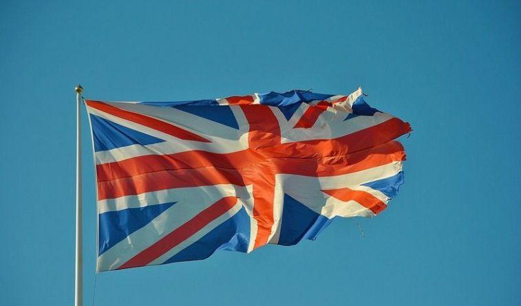 Общество: Великобритания поддержала решение о продлении ДСНВ между Россией и Америкой