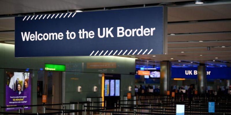 Общество: Великобритания на границе начала требовать у граждан ЕС доказательства легального проживания — СМИ