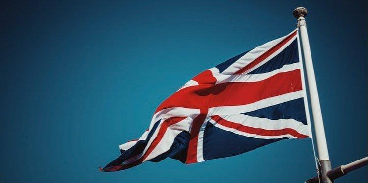 Общество: Зеленский продлил безвизовый режим для граждан Великобритании на год