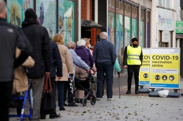 Общество: Евросоюз может заблокировать экспорт вакцин от коронавируса в Британию