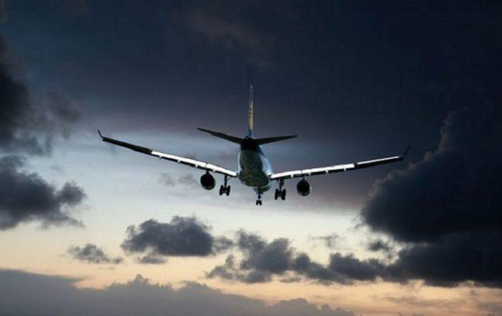 Общество: Британия запретила прямые рейсы в ОАЭ из-за нового штамма коронавируса