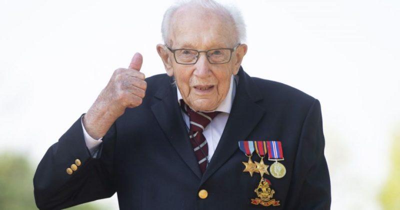 Общество: От коронавируса умер 100-летний британец, который собрал 30 млн фунтов для врачей во время пандемии