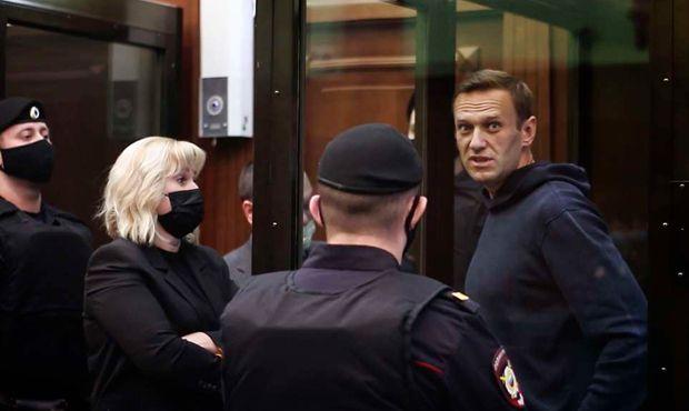 Общество: США и Великобритания призвали российские власти немедленно освободить Алексея Навального