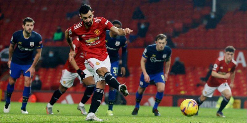 Общество: Манчестер Юнайтед повторил рекордную победу в истории английской Премьер-лиги, Арсенал с двумя удалениями проиграл