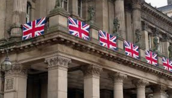 Общество: Банк Англии ухудшил прогноз ВВП страны на этот год, сохранил параметр ДКП