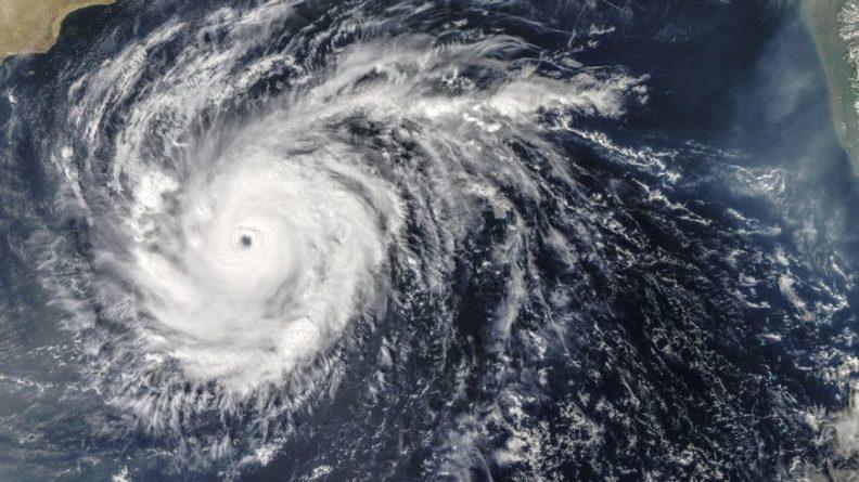 Общество: На Великобританию надвигается шторм «Дарси»