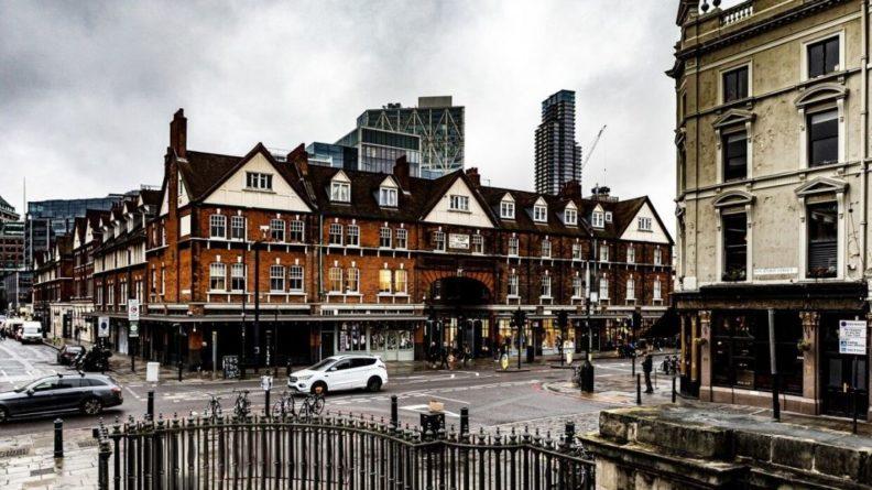 Общество: Жилье в Великобритании подешевело
