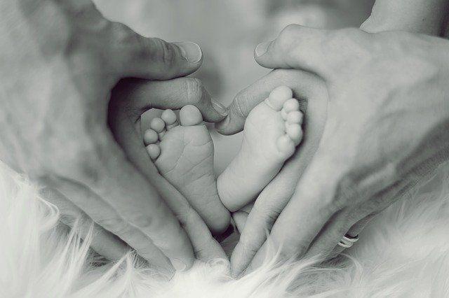 Общество: Британка дважды забеременела за 3 недели и мира