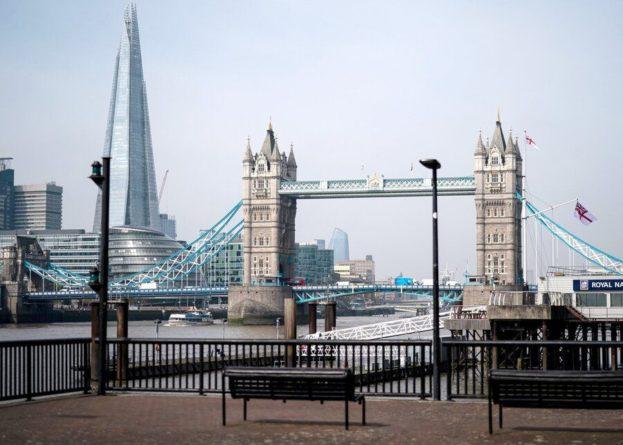 Общество: Великобритания ужесточит правила въезда в страну