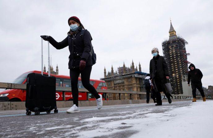 Общество: В Британии готовы сажать туристов на 10 лет, если они скрыли сведения о пребывании в «красной» зоне