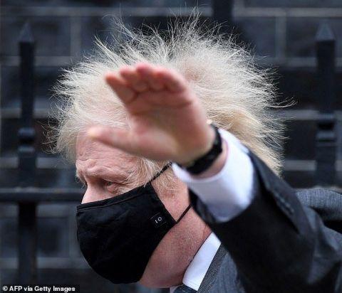 Общество: Борис Джонсон развеселил жителей Великобритании во время утренней тренировки (ФОТО)