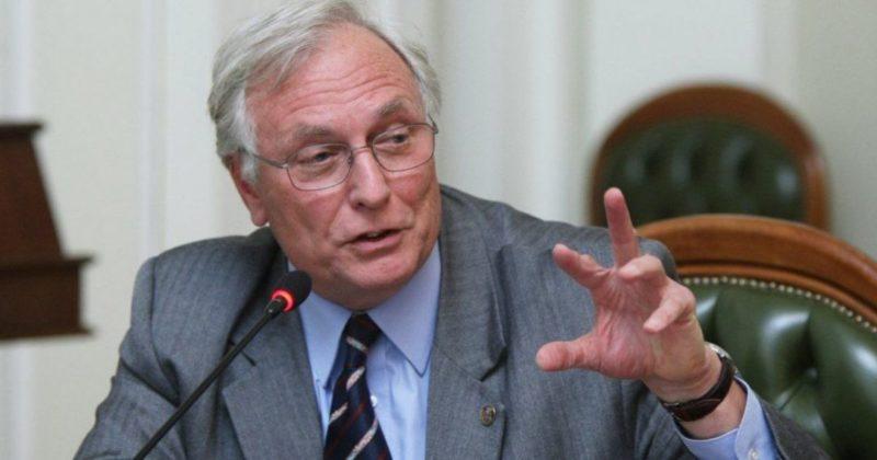 Общество: Почему в Украине коронавирус идет на спад, а в Великобритании растет: академик объяснил причину