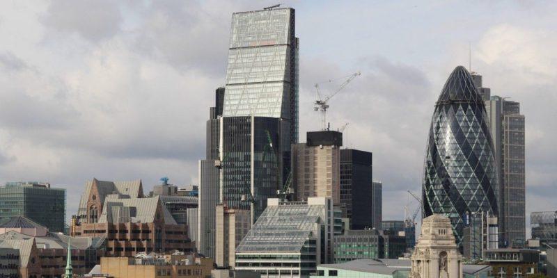 Общество: Лондон потерял статус ведущего европейского центра торговли акциями