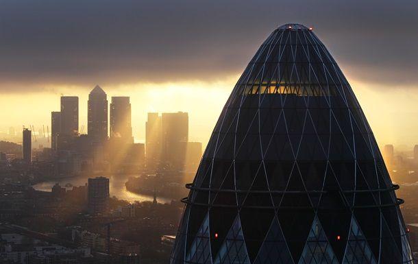 Общество: Отток денег. Лондон теряет статус финцентра Европы