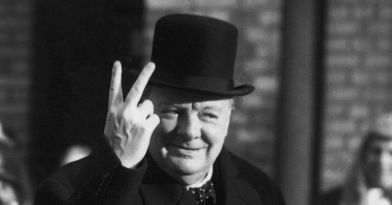 """Общество: В Великобритании продолжают обсуждать """"расизм"""" Уинстона Черчилля"""