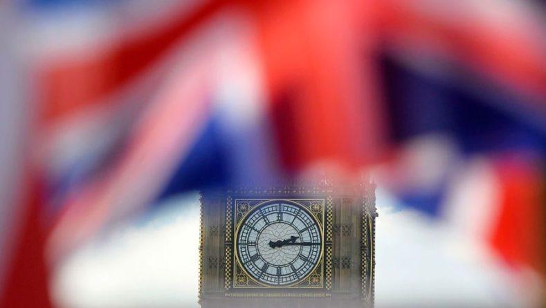 Общество: Армия Великобритания столкнулась с нехваткой кадров