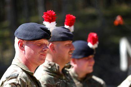 Общество: В Великобритании заявили о «шокирующем состоянии» армии